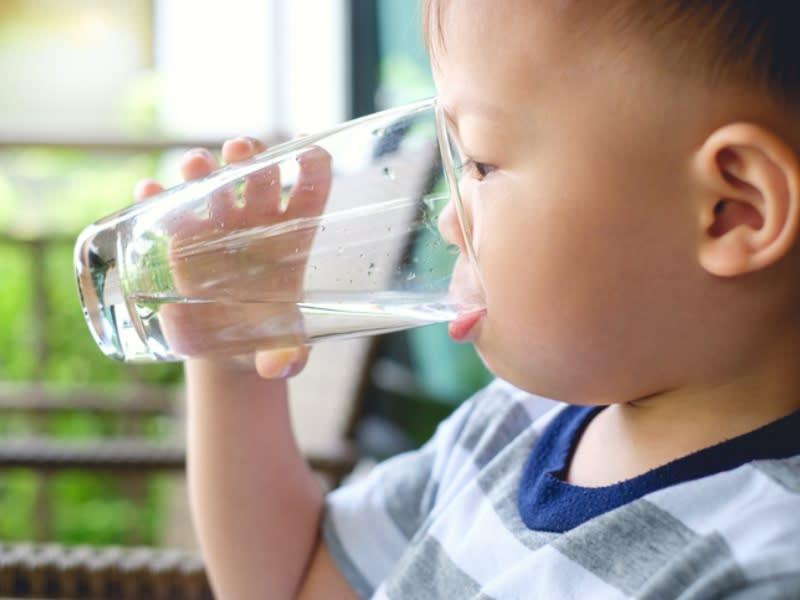 拉肚子別怕 補充水分和電解質防脫水