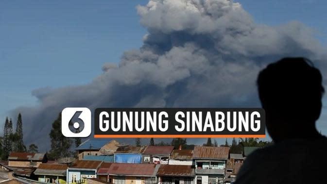 VIDEO: Lagi, Sinabung Semburkan Awan Panas Setinggi 1.000 Meter