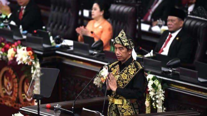 Jokowi Bidik Ekonomi RI Tumbuh 5,5% di 2021, Anggota DPR Tak Yakin