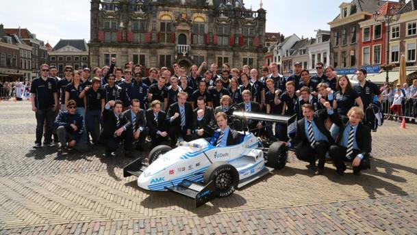 Dutch students out-accelerate a Bugatti Veyron with their electric car