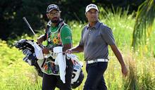 高爾夫》模里西斯第三天,阿特沃、迪傑格並轡而行