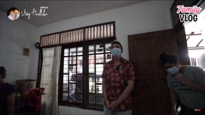 Deretan artis yang sempat ngontrak kini punya rumah sendiri. (Sumber: YouTube/Ussy Andhika Official)