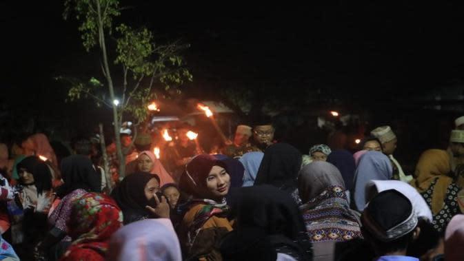 Suasana Baritan tradisi menangkal wabah penyakit ala warga Desa Tegalgubug Lor Kabupaten Cirebon beberapa minggu lalu. Foto (Liputan6.com / Panji Prayitno)