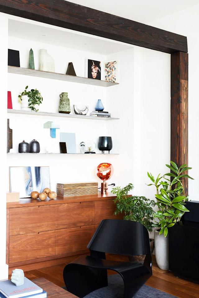 """<p>Floating <a href=""""https://www.housebeautiful.com/design-inspiration/a29732940/shelving-types/"""" target=""""_blank"""">shelves</a> are a buzzword in the design world for a good reason: They're easy to install yourself. In fact, they're probably the easiest way to instantly increase your <a href=""""https://www.housebeautiful.com/room-decorating/living-family-rooms/g28498879/living-room-storage-ideas/"""" target=""""_blank"""">storage</a> capacity <a href=""""https://www.housebeautiful.com/room-decorating/bedrooms/g26533112/minimalist-bedroom-ideas/"""" target=""""_blank"""">without</a> having to buy a new piece of bulky furniture. They also work no matter how much wall space you have  since they only really require vertical real estate. Aside from making sure everything you need is <a href=""""https://www.housebeautiful.com/home-remodeling/diy-projects/how-to/g2037/diy-storage-solutions/"""" target=""""_blank"""">within reach</a>, floating shelves also just <em>look</em> great.  Not to mention, they introduce dimension to otherwise blank walls. Ahead, discover 12 floating wall shelf ideas and designer tips. </p>"""