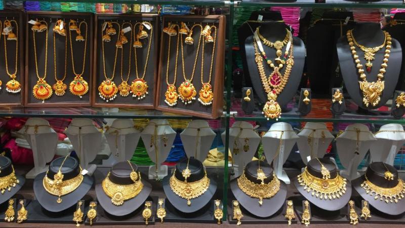emas, India, Covid 19, virus corona