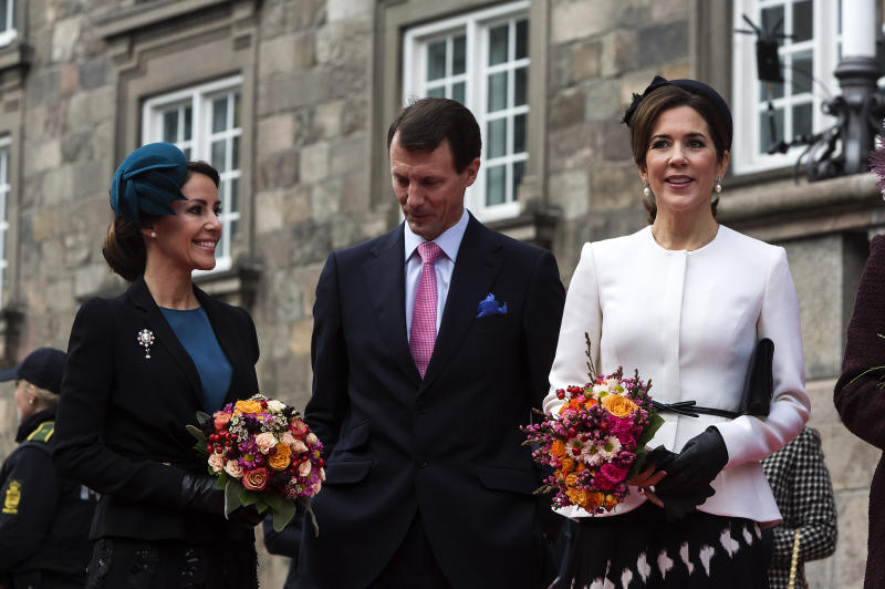 COPENHAGEN, DENMARK - OCTOBER 31: Crown Princess Mary (R), Prince Joachim (C) and Princess Marie seeen at their arrival to the Parliament to October 31, 2017 in Copenhagen, Denmark. (Photo by Ole Jensen - Corbis/Corbis via Getty Images)
