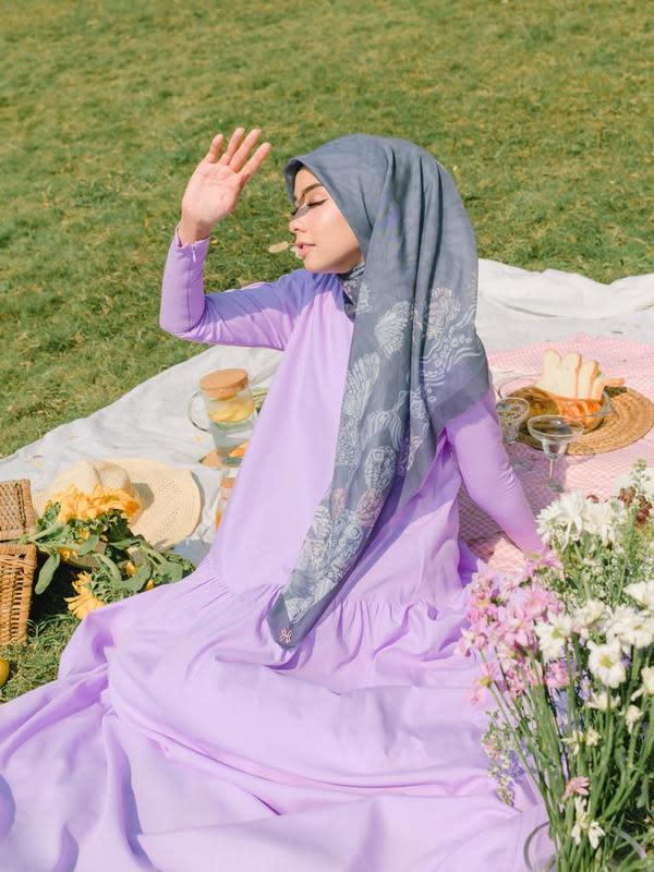 Nesa Aqila merasa bangga dirinya disebut mewakili filosofi kupu kupu yang tergambar melalui karya scarf Hidahasan (ist)