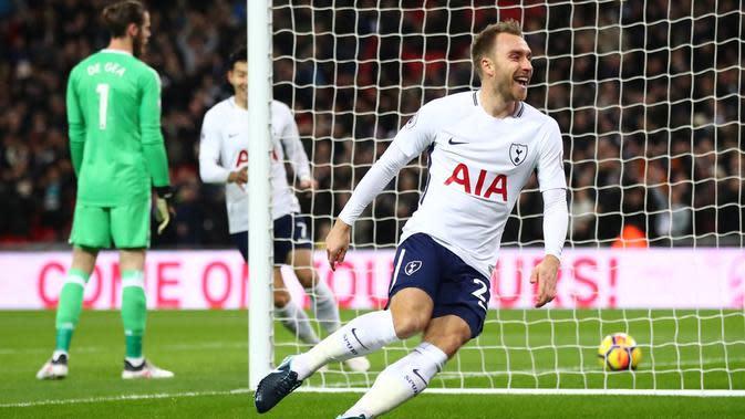 Christian Eriksen membuat Tottenham Hotspur unggul atas Manchester United ketika laga baru memasuki menit pertama. (doc. Tottenham Hotspur)