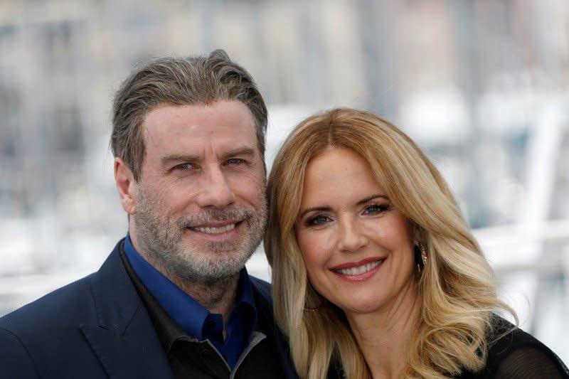 Istri John Travolta, Kelly Preston, meninggal dunia pada usia 57 tahun