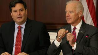 美國大選:拜登新任命的白宮幕僚長克萊恩是怎樣的人