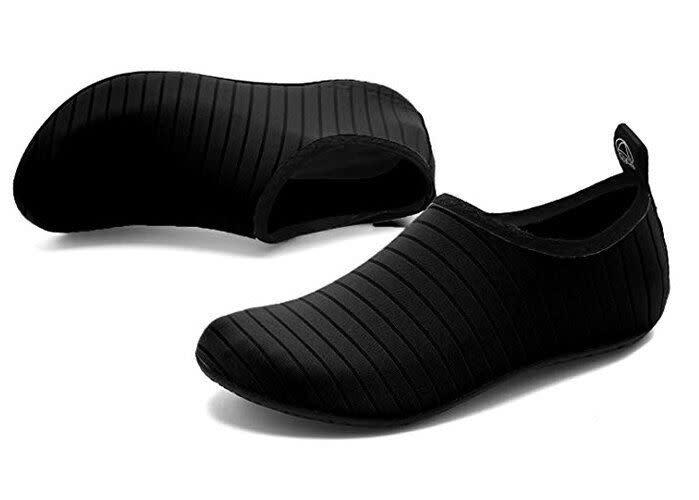 Vifuur Water Sports Shoes in Black. (Photo: Amazon)