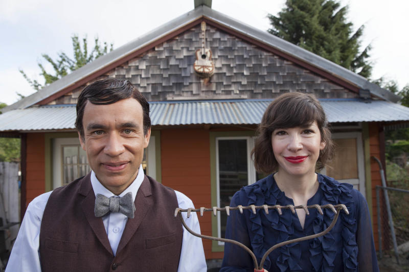 'Portlandia' Star Carrie Brownstein Talks Season 4, Binge-Watching TV, and the World's Next Sexiest Vegetable