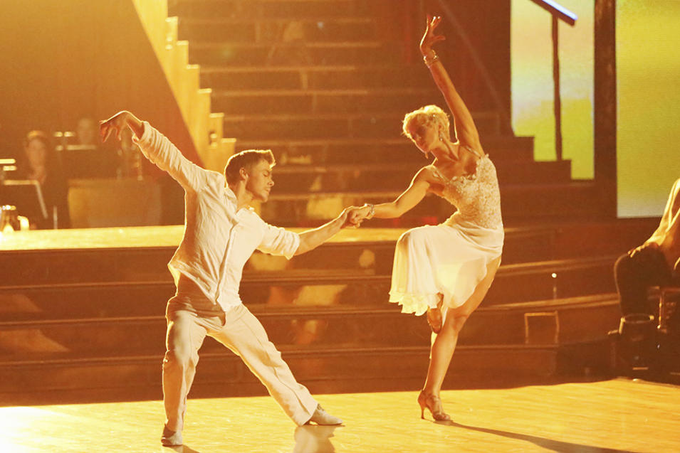 Derek Hough and Kellie Pickler (4/8/13)