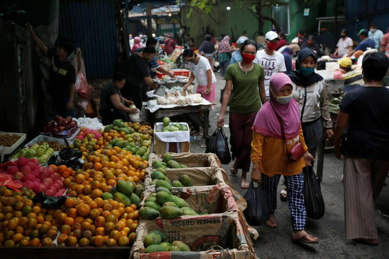 Indonesia reports 2,090 new coronavirus cases - health ministry website