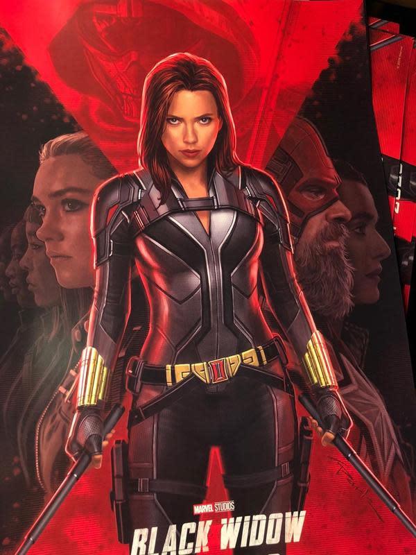 Poster Black Widow (Instagram/andyparkart)