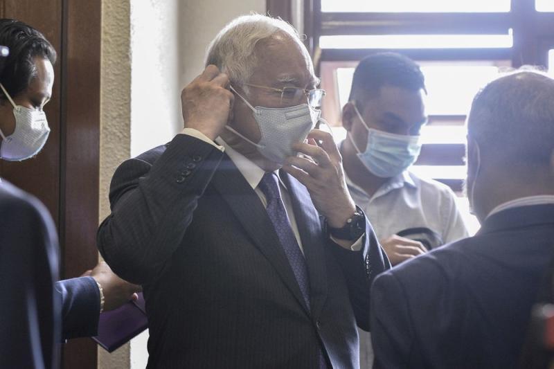 Datuk Seri Najib Razak is pictured at the Kuala Lumpur High Court on September 1, 2020. ― Picture by Miera Zulyana