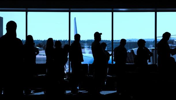 Secrets of getting amazing airline ticket deals, even at Christmas