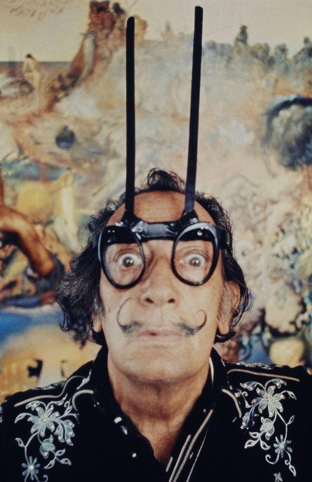 Major Dalí retrospective opening this January in Moscow