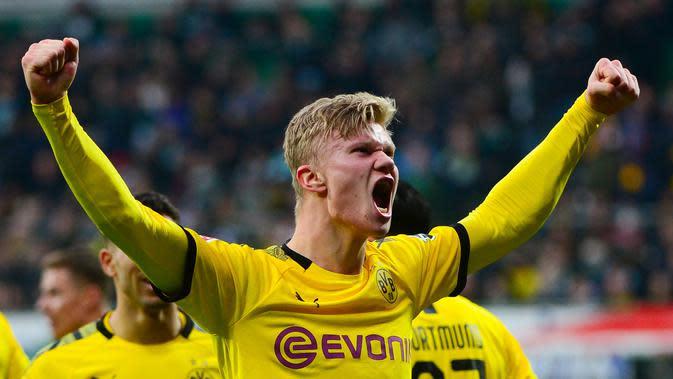 Erling Braut Haaland (72 juta euro) - Performa apik Haaland bersama Borussia Dortmund di kompetisi Liga Champions membuatnya memiliki harga pasar mencapai 72 juta euro. (AFP/Patrik Stollarz)