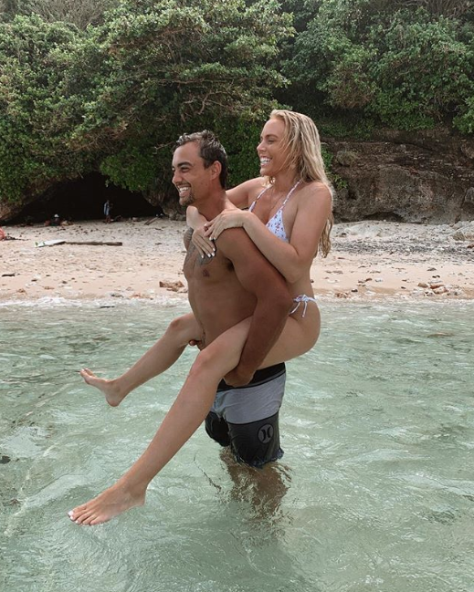 <p>The reality star enjoys a piggy-back from her new man. Photo: Instagram/tysondavis </p>