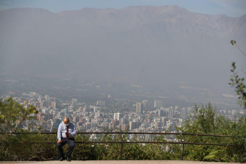 Outbreak of the coronavirus disease (COVID-19) in Santiago