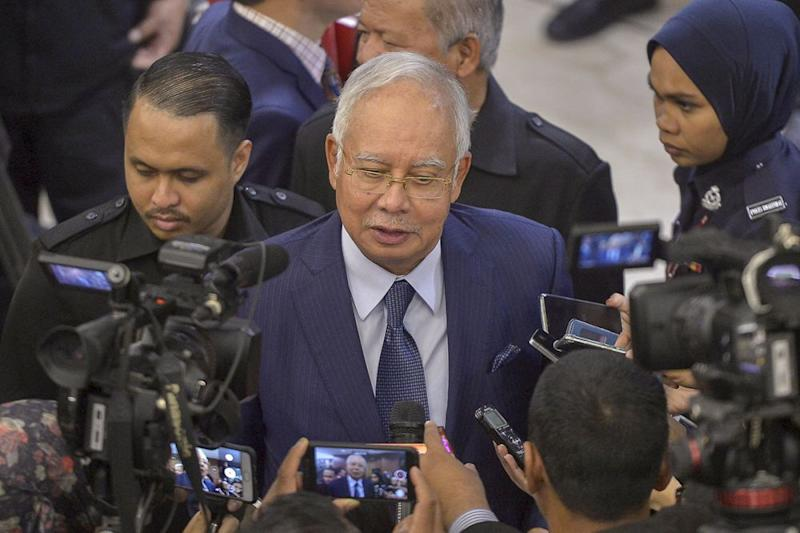 Najib said ATNB's land sale to Kwasa Land in 2012 was at RM18.70 per square foot, which he claimed valuations at the time had described as a reasonable market price. — Picture by Mukhriz Hazim