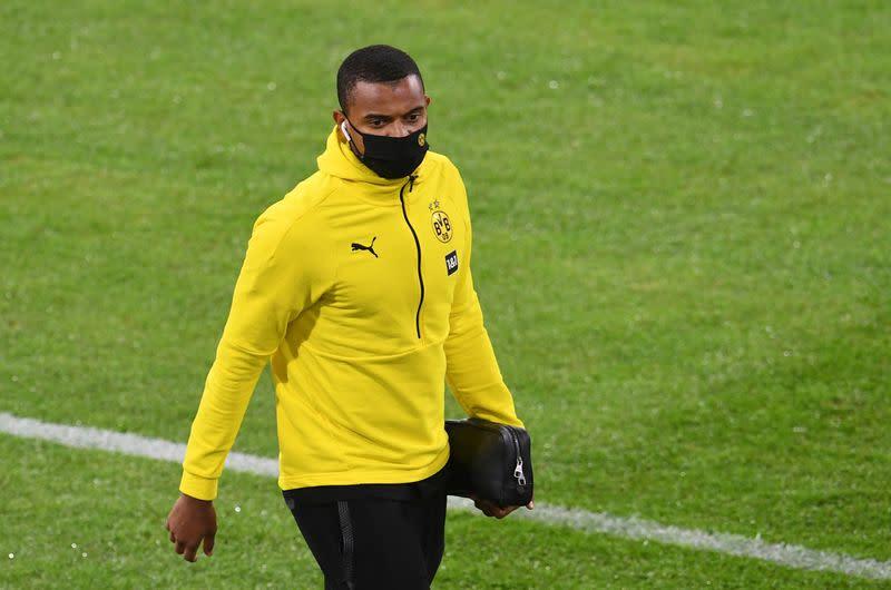 Dortmund's Akanji tests positive for COVID-19 in Switzerland
