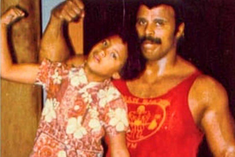 "Rocky Johnson, ayah Dwayne ""The Rock"" Johnson meninggal dunia"