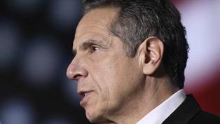 摸背、捧臉、強吻……紐約州州長竟是性騷擾慣犯?郭謨30年政治生涯恐將畫下難堪句點