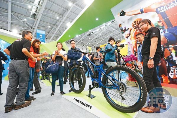 投信法人從6月中開始敲進單車大廠美利達,且愈買愈用力。