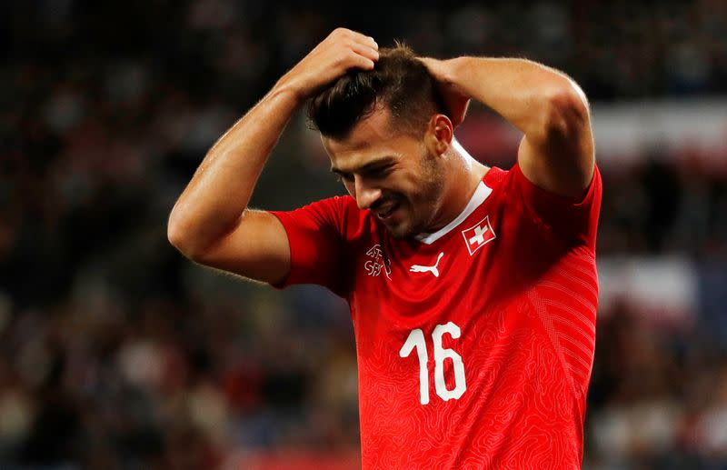 Celtic sign Swiss striker Ajeti from West Ham
