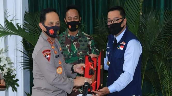 Indonesia Bangkit dari Corona, Wakapolri Ingatkan 3M