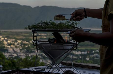 歸零或轉型─ 疫後台灣觀光與餐飲業的未來?