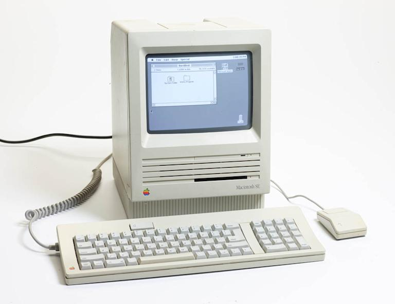 """The '80s: The Decade That Made Us"" - Apple Macintosh SE"