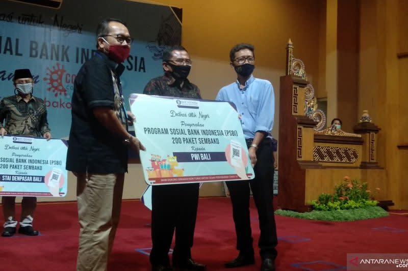 BI salurkan 1.300 paket sembako untuk warga Bali terdampak COVID-19
