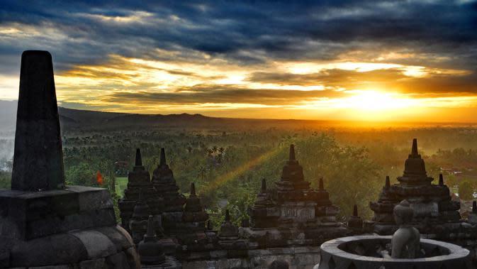 Zona Bangunan Candi Borobudur (sumber: Pixabay)