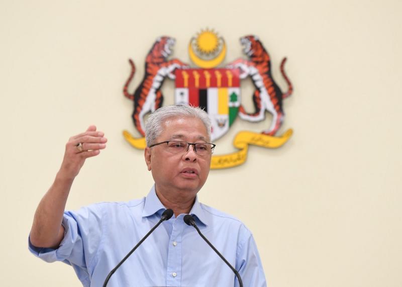 Senior Minister Datuk Seri Ismail Sabri Yaakob speaks during a press conference in Putrajaya April 2, 2020. — Bernama pic