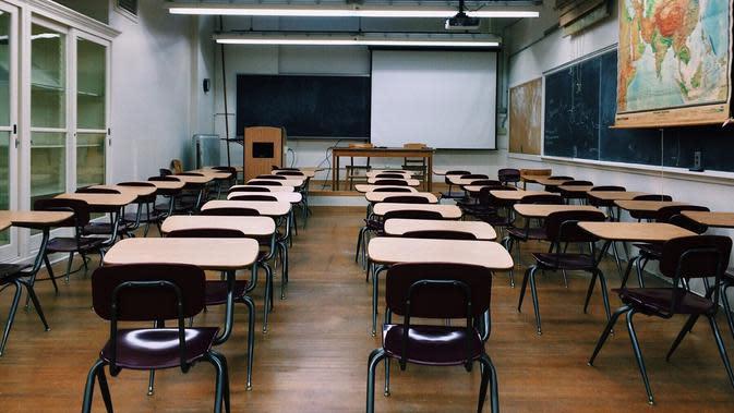 Ilustrasi sekolah (dok. Pixabay.com/Wokandapix/Putu Elmira)