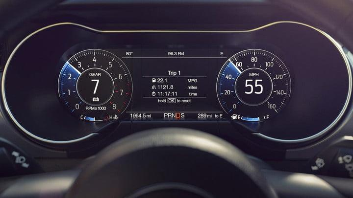 2019 Ford Mustang Driver's Dashboard