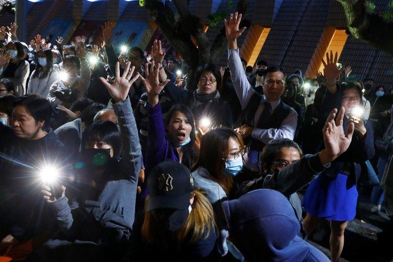Hong Kong bersiap untuk protes akhir pekan setelah jeda