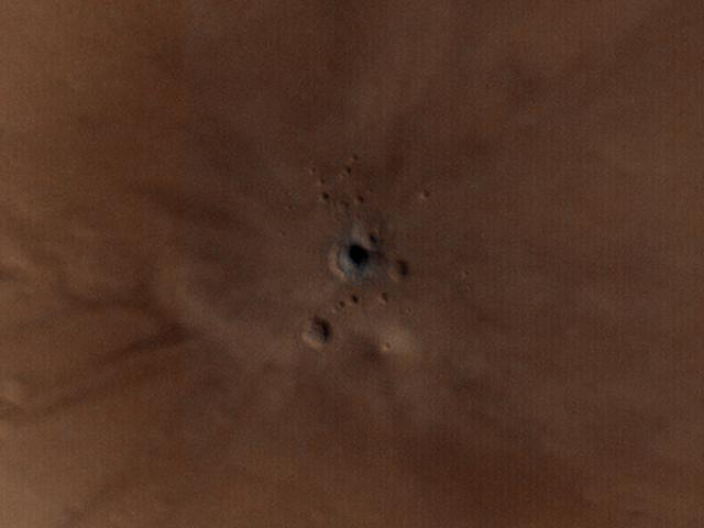 mars asteroid strike crater close up labeled mro hirise ESP_048466_1830