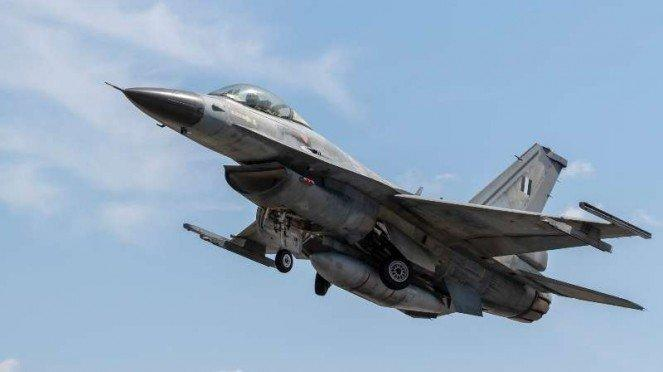 VIVA Militer: Jet tempur F-16 Fighting Falcon Angkatan Udara Hellenic Yunani