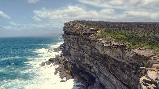 Ilustrasi wisata alam. (dok. Simon/Pixabay/Tri Ayu Lutfiani)
