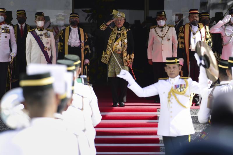 Mahathir kecam pemerintah Malaysia untuk pertemuan singkat Parlemen