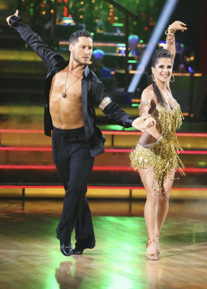 Valentin Chmerkovskiy and Kelly Monaco (9/24/12)
