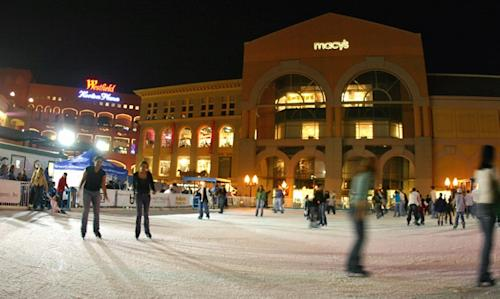 Holiday Trip Tips: Hot Chocolate & Ice-Skating in San Diego