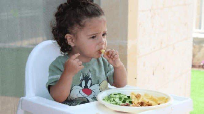 Jam Makan Tepat Akan Pengaruhi Tumbuh Kembang Anak