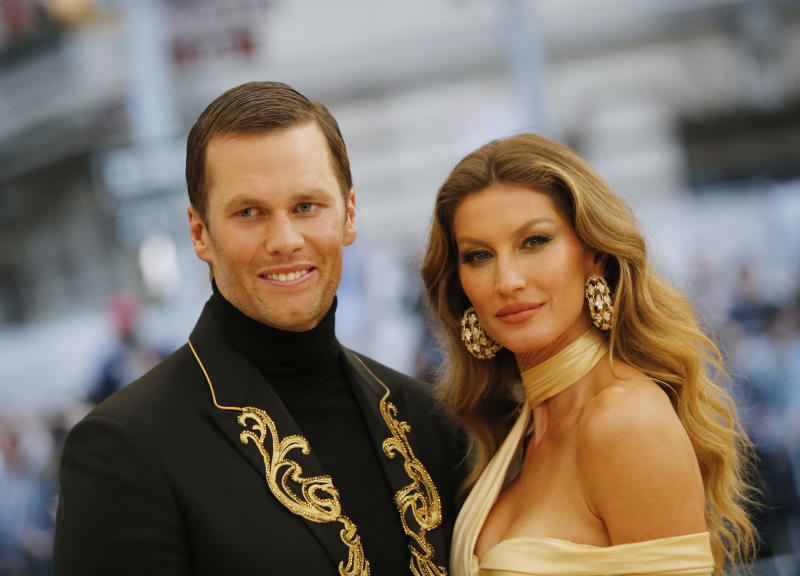 "Bündchen (with husband Tom Brady in 2018) says people need ""discipline"" to maintain her her wellness-oriented lifestyle. (Photo: REUTERS/Eduardo Munoz)"
