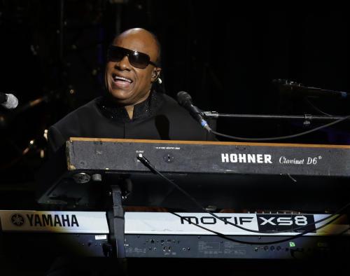 Singer Stevie Wonder performs during the Inaugural Ball at the 57th Presidential Inauguration in Washington, Monday, Jan. 21, 2013. (AP Photo/Paul Sancya)
