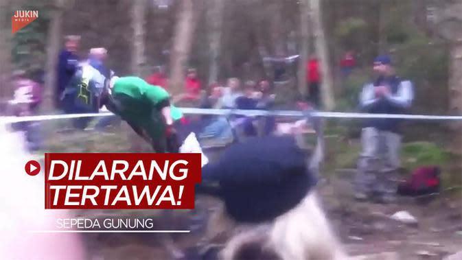 VIDEO: Dilarang Tertawa Melihat Jatuh Bangun Pesepeda Gunung Berikut ini!